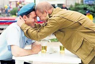 Организованной преступности десантники противопоставят мужскую дружбу