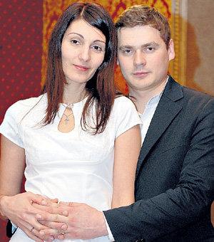 Недавно брак Саши и Анжелики был освящён в церкви