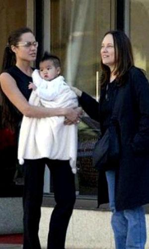 Анджелина, Маршелин и усыновлённый актрисой Мэддокс