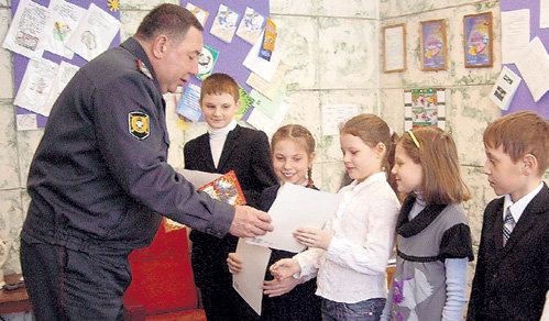Милиционеры не оставили хороший поступок детей без внимания