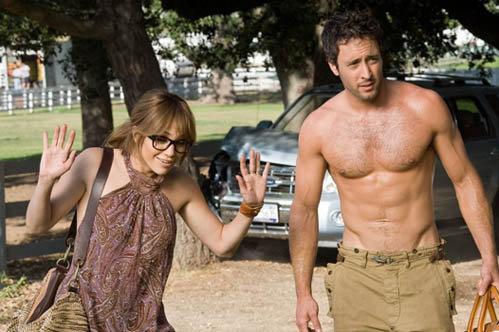 Дженнифер Допес с партнером по фильму  Алексом О`Лахланом.