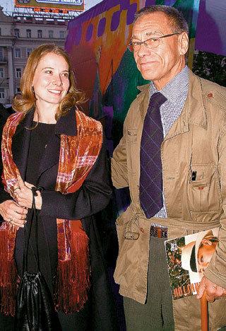 В браке с КОНЧАЛОВСКИМ Юлия счастлива уже 12 лет