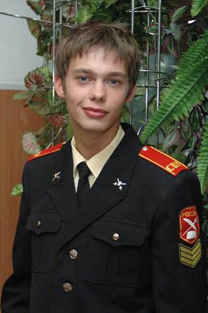 В Кремлевских курсантах и Кадетстве Аристарх Венес выглядел куда скромнее