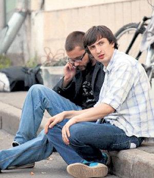 С лучшим другом Артёмом СЕМАКИНЫМ строит творческие планы