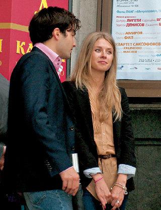 20-летняя модель Лена первая в жизни ЕЛЬЦИНА-младшего блондинка, раньше он предпочитал девушек восточных кровей