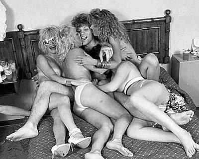 В 1985 году Бон ДЖОВИ уже имел много поклонниц