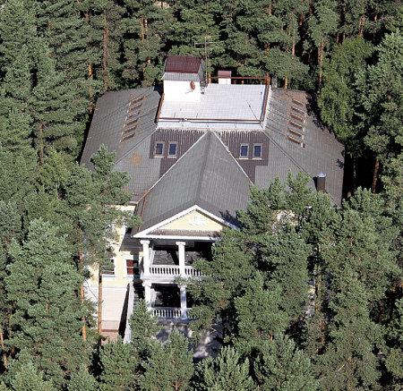 Дом Александра ГРАДСКОГО - один из самых больших в посёлке