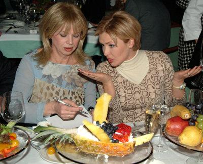 Елена ИЩЕЕВА с Еленой ПРЕСНЯКОВОЙ. Фото Ларисы КУДРЯВЦЕВОЙ
