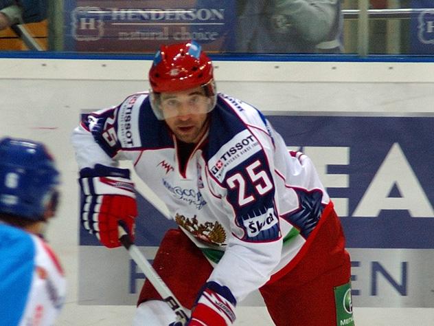 Дисквалифицированный задопинг хоккеист Зарипов получил разрешение выступать вНХЛ