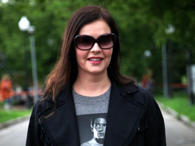 Телеведущая Екатерина Андреева выступила сбессвязной тирадой про вино