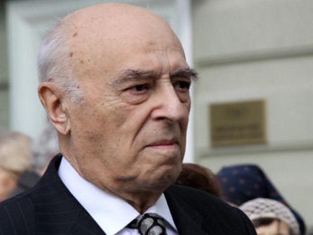 Экс-председатель Нацбанка Абхазии вернул Владимиру Этушу неменее половины долга