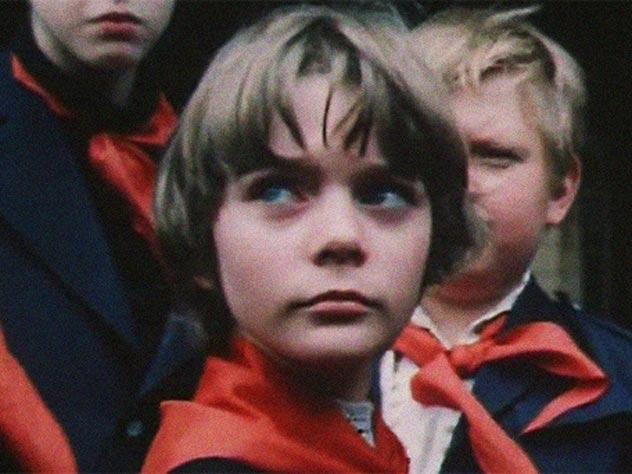Премьера фильма «Гостья из будущего» состоялась в марте 1985 года. Кадр из фильма