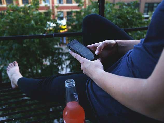 Минздрав закрыл доступ спиртному в онлайн