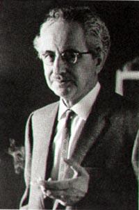 Отец писателя Семен Ляндерс. wikipedia