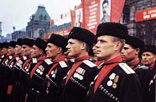 Кубанские казаки на параде Победы, 1945 год. Фото: wikimedia.org