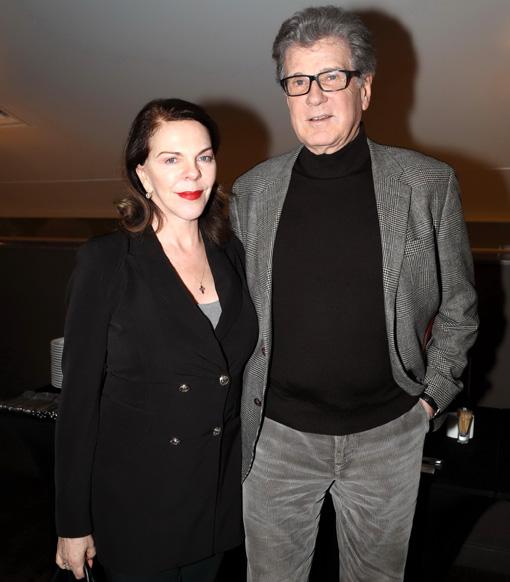 актер игорь костолевский и его жены фото задорным снимкам