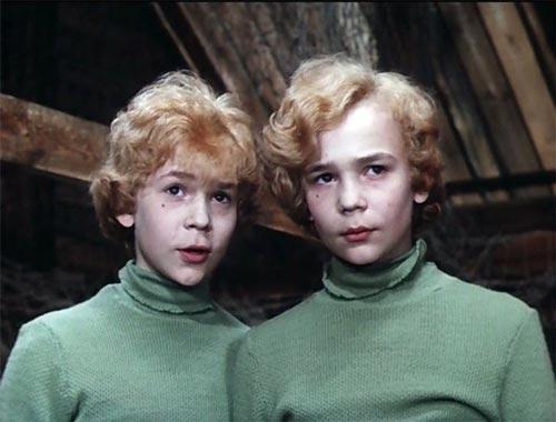 Юрий (слева) и Владимир (справа) Торсуевы в фильме «Приключения Электроника», 1979 год. Кадр из фильма