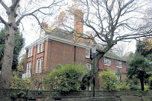 В Лондоне Робби Уильямс живёт в престижном, уютном Кенсингтоне