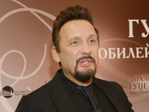 Известный исполнитель Стас Михайлов на своей страничке в Instagram рассказал, что 20 июня 2018 года его любимому брату Валерию исполнилось бы 56 лет.