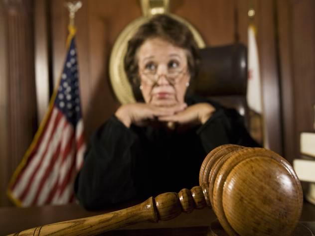Осужденный по ложному обвинению американец отсидел 25 лет и добился компенсации