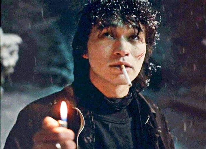 Кадр из фильма «Игла», 1988 г.