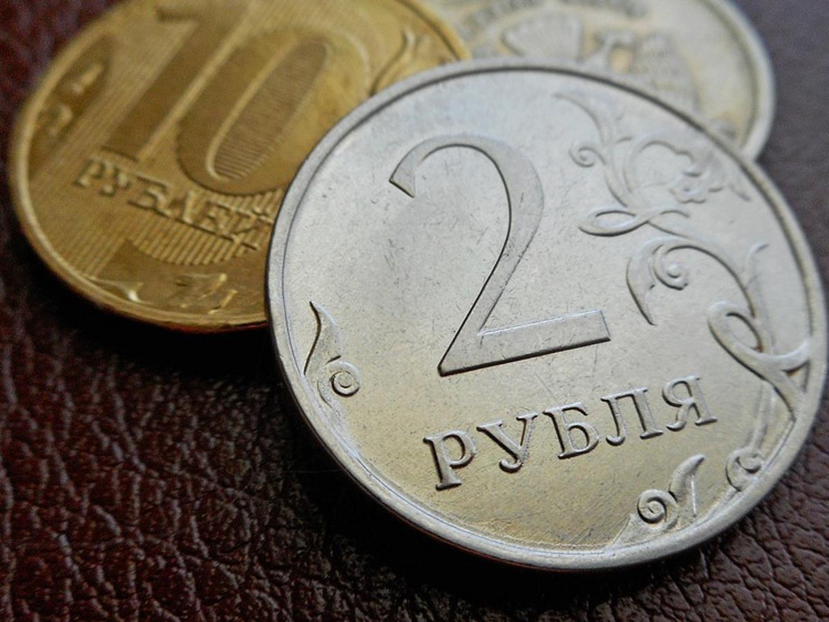 Курс валют на 5 февраля: рубль укрепляется