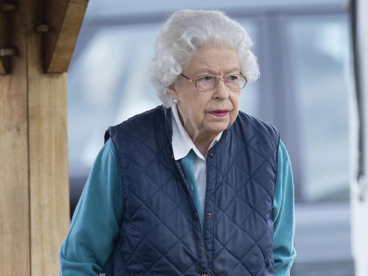 Позор: Елизавета II прогнала потерявшую стыд невестку вместе с маленькими детьми