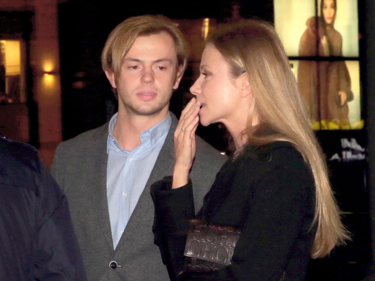 Чтобы не чувствовал себя альфонсом: Мария Миронова назначила молодого мужа гендиректором